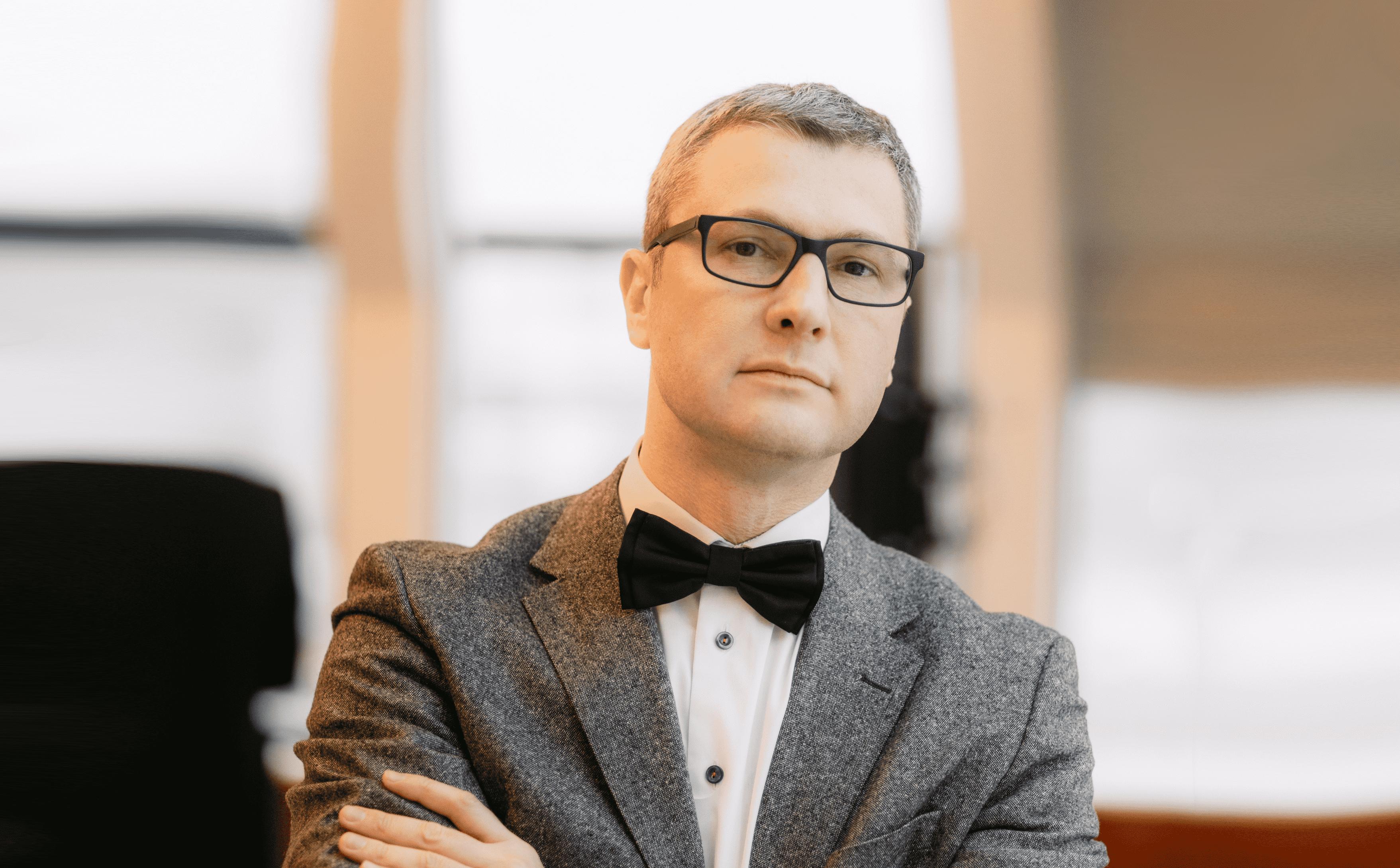 Мельничук Максим Дмитриевич: «Сейчас достаточно открытых источников, чтобы составить представление о человеке»